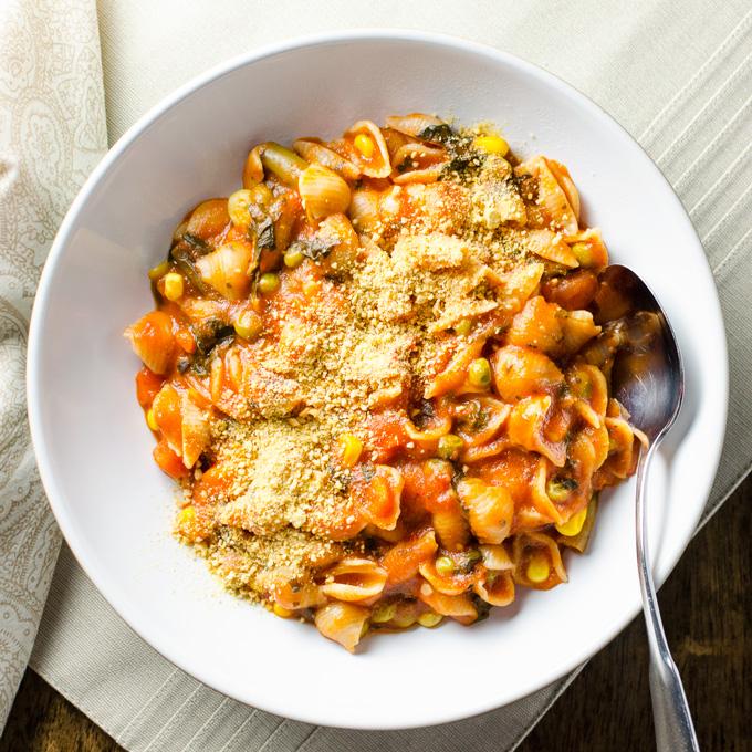 Rice Cooker Pasta and Veggies | VeggiePrimer.com
