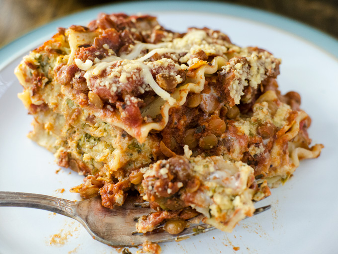 Vegan Cheesy Lentil Lasagna - simple plant-based ingredients create a satisfying cheese flavor and meaty texture in this gluten-free recipe | VeggiePrimer.com