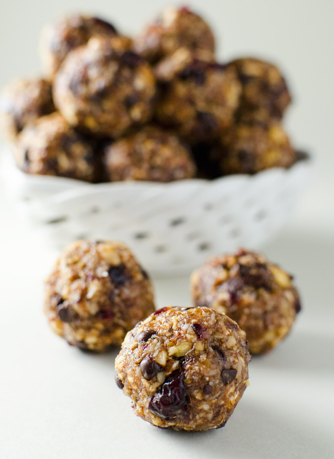 No-Bake Hazelnut Cranberry Energy Bites - this quick and easy vegan and gluten-free recipe offers a great alternative to traditional holiday cookies! | VeggiePrimer.com